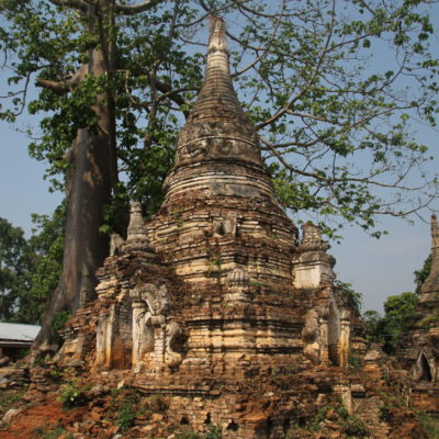 El hecho de que los templos estén abandonados a su suerte lo hace más auténtico
