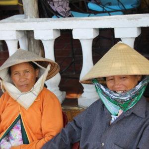 Unas simpáticas vietnamitas a las que les hacía ilusión que le sacaramos una foto