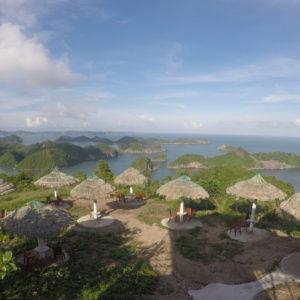La terraza y sus vistas a la bahía de Lan Ha desde Cannon Fort