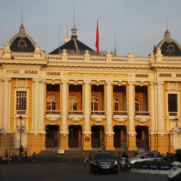 El edificio de la ópera de Hanoi