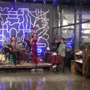 Concierto de música camboyans en el Institute Français