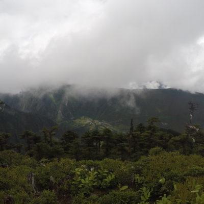 Sólo hubo un momento en el que pudimos ver el pueblo de Yubeng desde arriba