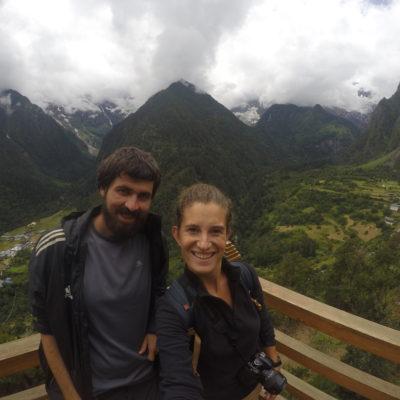 El mirador más bonito del descenso hacia Yubeng desde donde se ven los dos valles