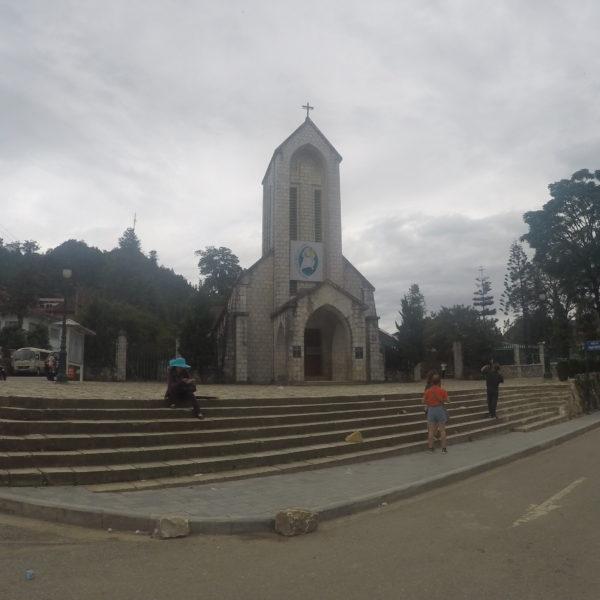 La pequeña iglesia de Sapa