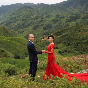 Y por supuesto no podía faltar un pareja sacando sus fotos de boda