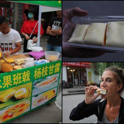 Probamos este postre tradicional que se hace con nata y mango o durian. Nosotros elegimos la versión del mango