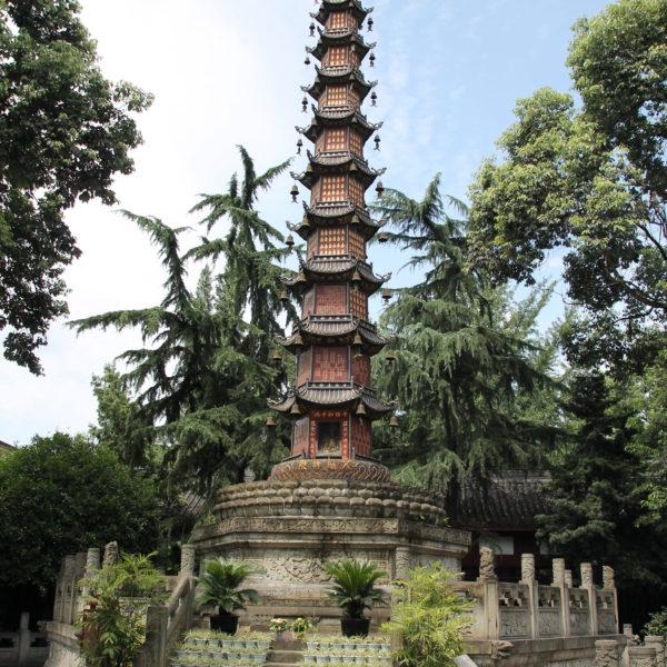 El templo Wenshu resultó bonito, pero fue un templo más