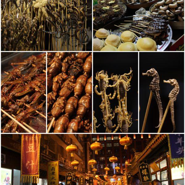 Delicatessens del mercado nocturno de Pekín